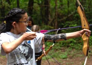 2019_GSWW_Photos_Camp_Archery-blogpost
